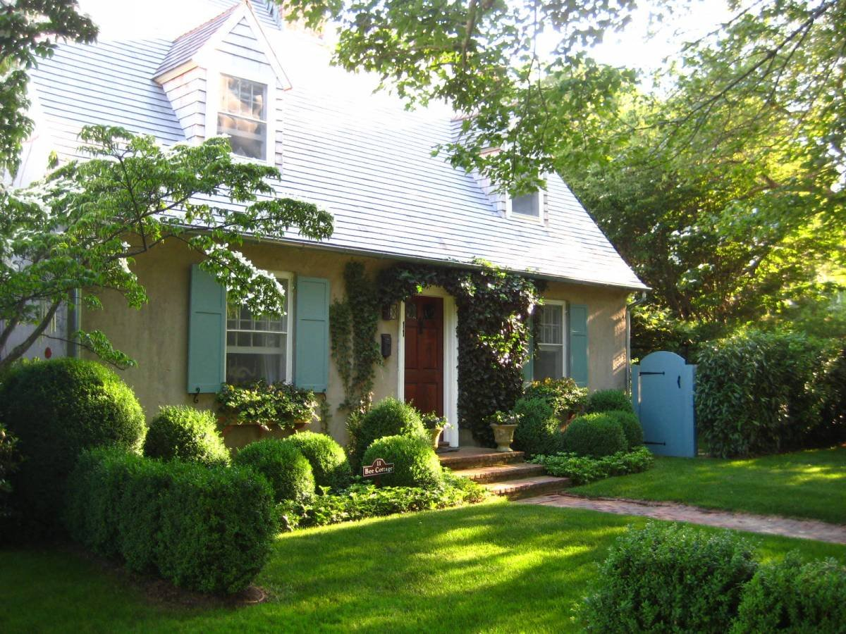 Quick Update: Bee Cottage in House Beautiful and Hurricane Irene