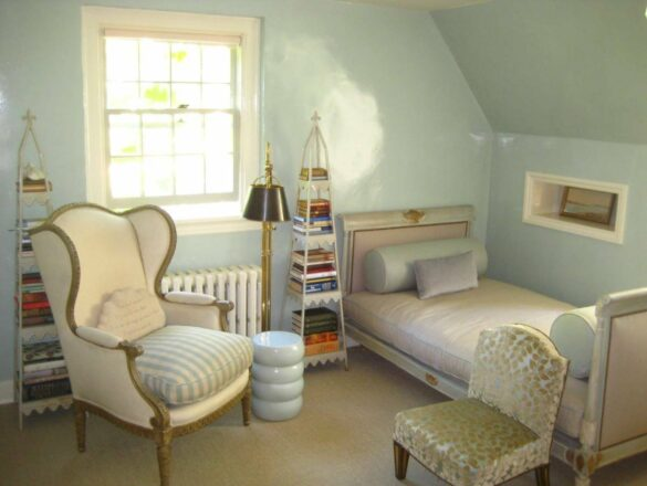 Bee study and dressing room