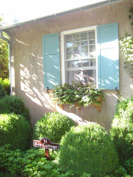 Bee Cottage window box