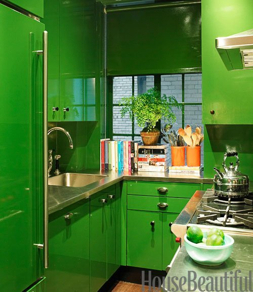 Lacquered green kitchen by Miles Redd