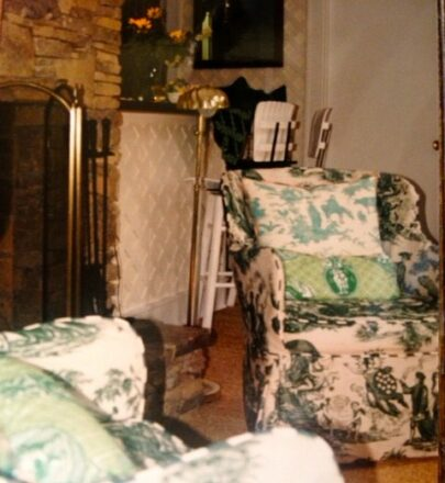 Green toile chair at Pavillon du Bois in Highlands