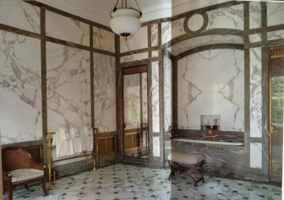 Marble bath at Winfield House