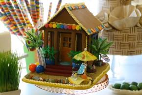gingerbread-beach-shack-solvang-bakery