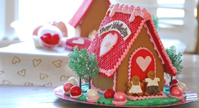 For Valentine's Day - Your Own (Edible) Love Shack